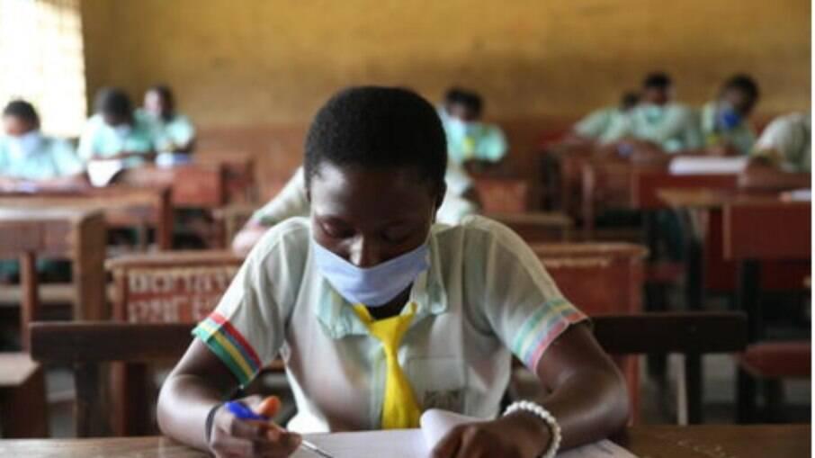 Onda de sequestros em escolas nigeriana começou em dezembro; abandono escolar tem aumentado