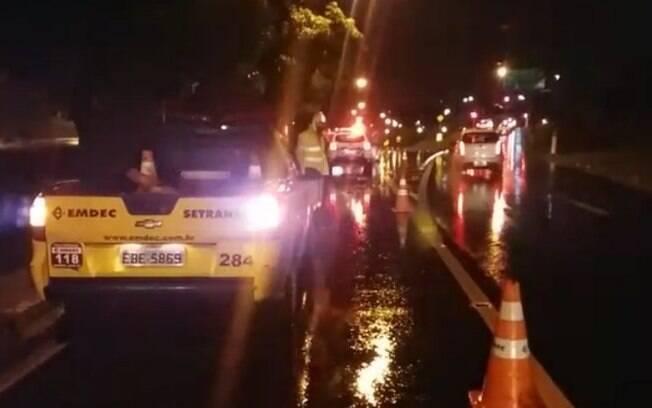 Motociclista morre após acidente na marginal do Piçarrão