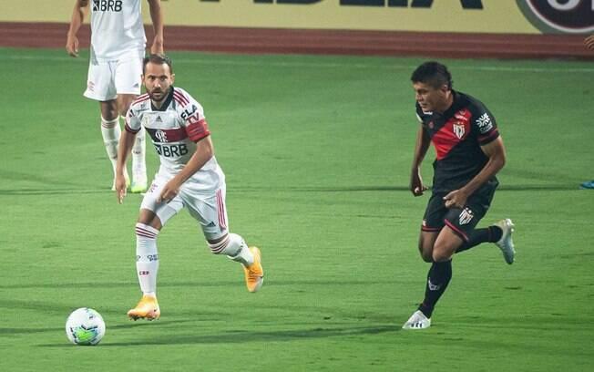 Flamengo foi derrotado pelo Atlético-GO