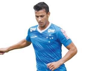 Experiência. Volante Henrique disputa a quarta Libertadores pelo Cruzeiro, será a sexta dele como jogador profissional