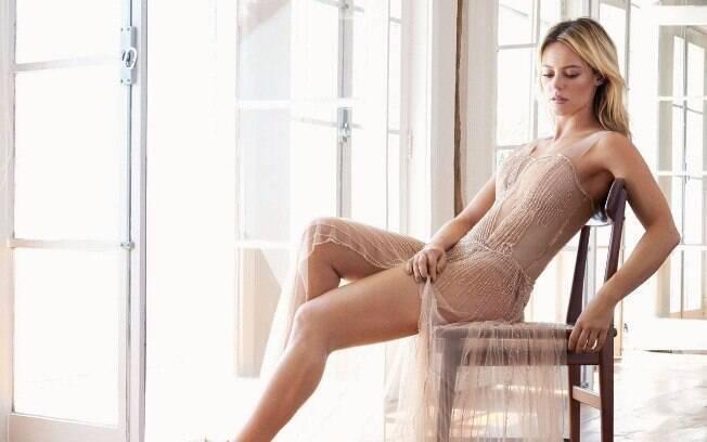 Paolla Oliveira comemora boa fase e ganha o título de mais sexy do mundo