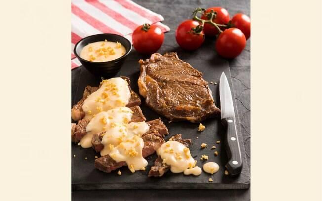 Foto da receita Molho de queijo com cerveja pronta.