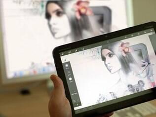Photoshop Touch permitirá editar imagens com o toque dos dedos