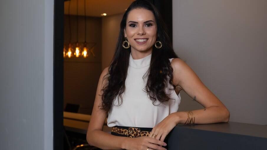 Especialista em mercado financeiro, Sabrina Amélia acredita que o modelo de clube-empresa será positivo para economia do país