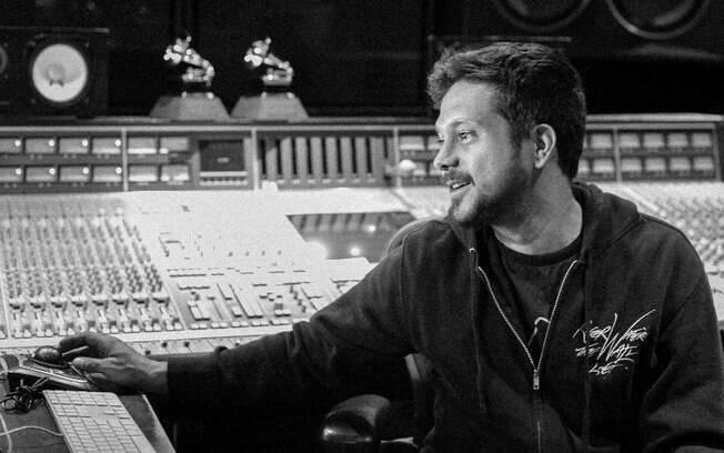 Henrique Andrade, o produtor brasileiro que já conquistou dois Grammys Latinos e trabalhou com artistas como Justin Bieber, Zayn e Fith Harmony