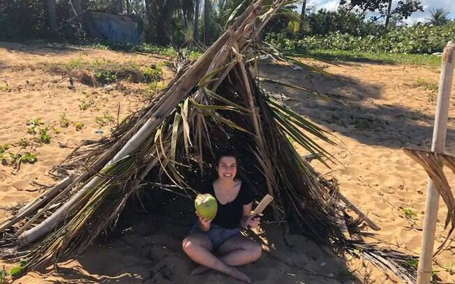 Aulas de sobrevivência numa ilha deserta é outra experiência excêntrica na lista de viagens diferentes