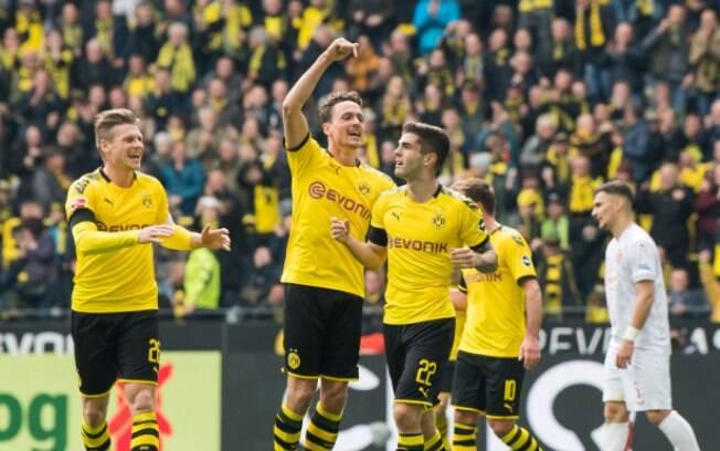Borussia Dortmund venceu o Dusseldorf por 3 a 2