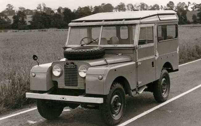 Land Rover Series I: primeira geração do Defender, de 1948 já vinha com forte apelo off-road, o que sempre foi mantido