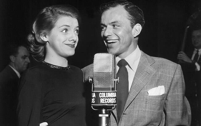 Frank Sinatra e Rosemary Clooney, tia do ator George Clooney, em foto de 1950