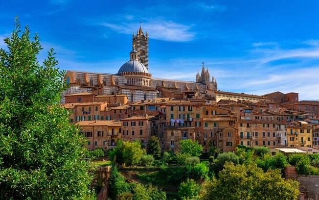 A catedral de Siena é uma das construções mais imponentes da Itália