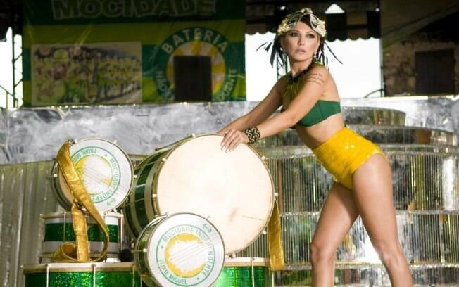 O papel da rainha vai além da perna, da bunda, do samba no pé