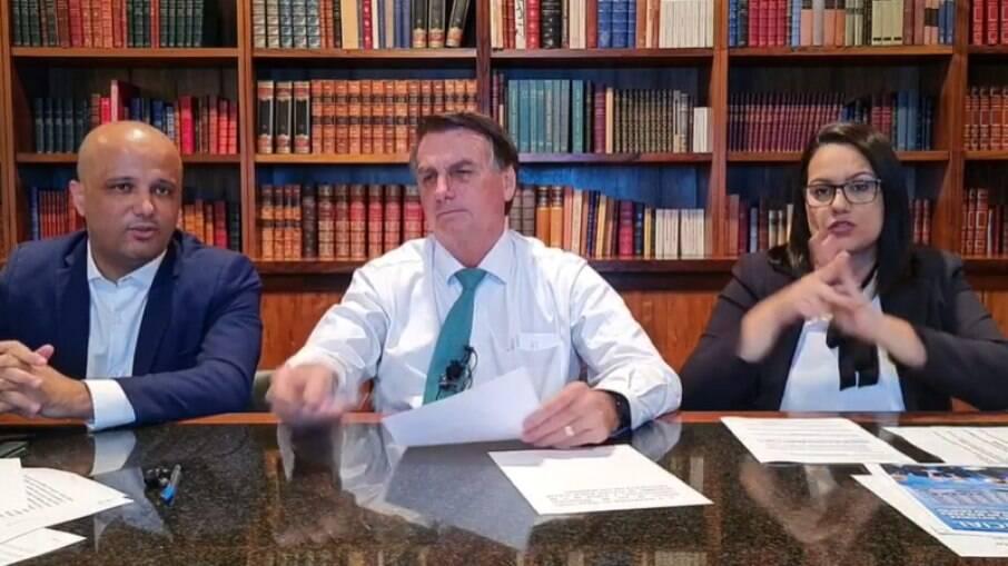 Presidente Jair Bolsonaro em live semanal