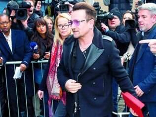 Bono Vox, do U2, foi um dos primeiros a aceitar o convite