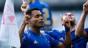 Cruzeiro vence o Atlético-MG no Mineirão