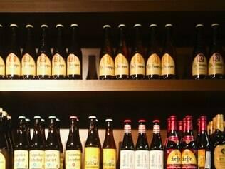 Desde o século XVI, a cerveja alemã é produzida com uma fórmula rígida que só permite utilizar lúpulo, malte, água e cevada