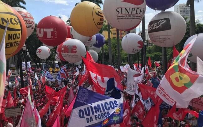 Sindicatos perderam quase 1 milhão de filiados em 2019, segundo o IBGE