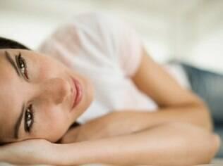 Sonhando acordada: um dos mecanismos da paixão é pensar várias vezes ao dia na pessoa