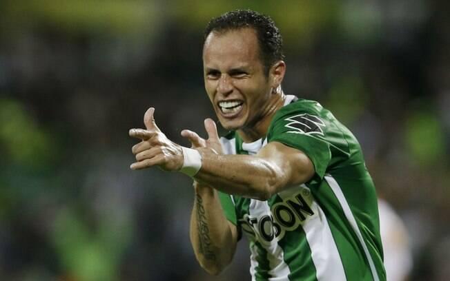 Meio-campista Guerra é reforço do Palmeiras para 2017