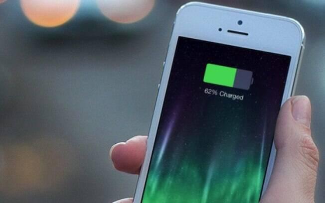 Futura nova geração dos iPhones deverão contar com carregadores mais potentes, a exemplo do que já acontece com dispositivos Android