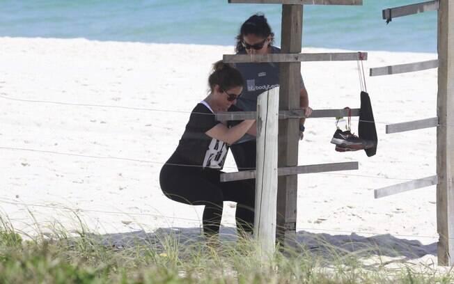 Giovanna Antonelli troca academia pela praia nesta terça-feira