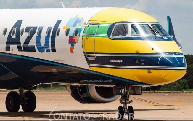 Embraer 195 que homenageia Ayrton Senna retorna ao Brasil