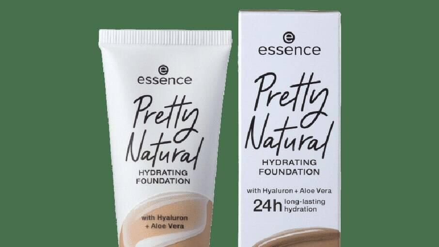 Pretty Natural Hydrating Foundation - 150, da Essence
