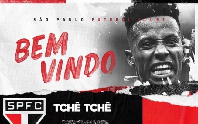 Foto do anúncio oficial da contratação de Tchê Tchê pelo São Paulo
