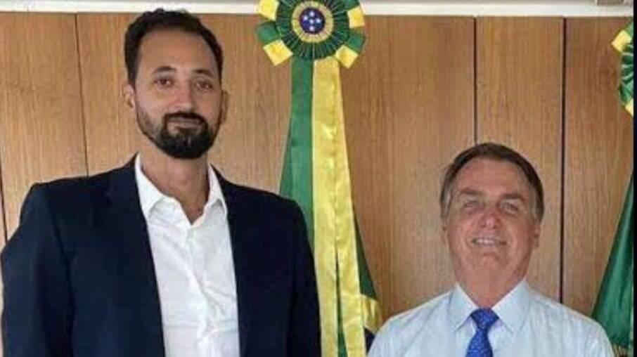 Caso Maurício Souza: Bolsonaro afirma que hoje 'tudo é homofobia'