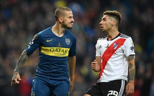 Benedetto celebra gol do Boca Juniors contra o River Plate na final da Libertadores