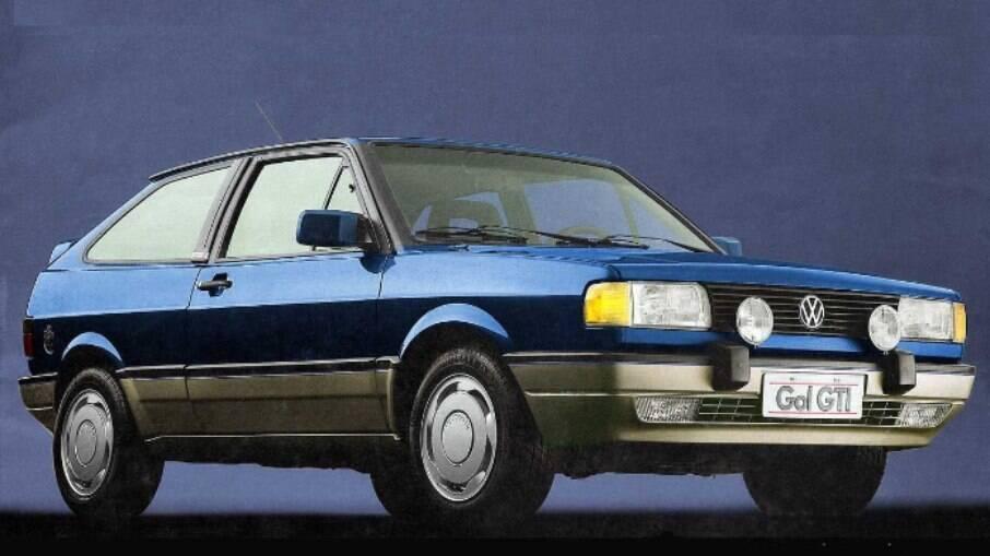 VW Gol GTI: primeiro carro feito no Brasil a ser equipado com injeção eletrônica de série entre os equipamentos