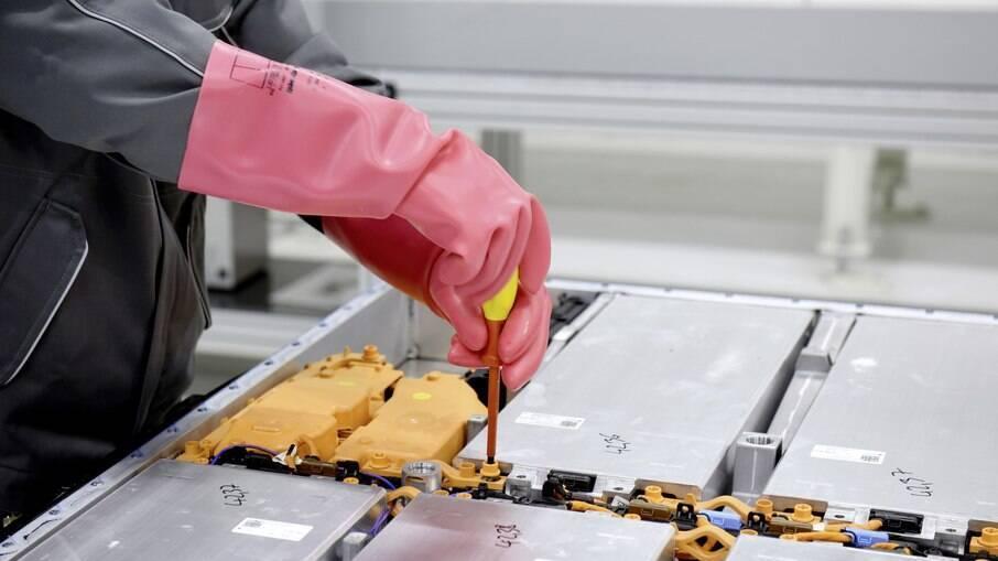 Unidade industrial da Volkswagen em Salzgitter (Alemanha) irá fabricar nova bateria a partir de 2025