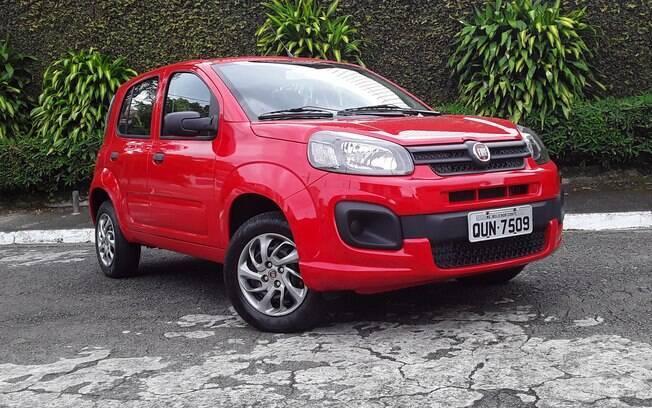 Fiat Uno Attractive: versão mais em conta do compacto tem visual simpático, mas sofre com os fortes concorrentes no mercado