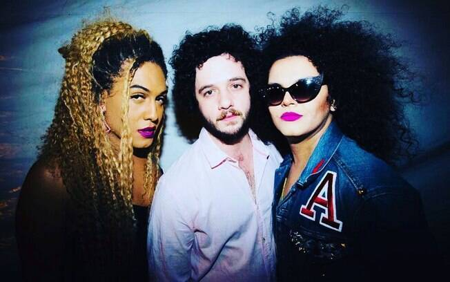 As Bahia e a Cozinha Mineira questionam o amor universal no novo álbum