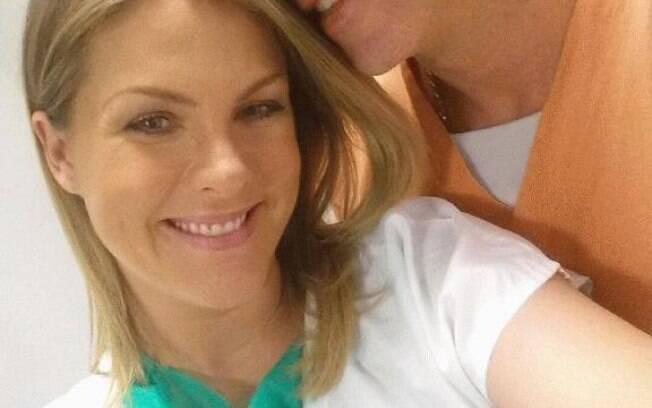 Ana Hickmann publica foto antes do parto