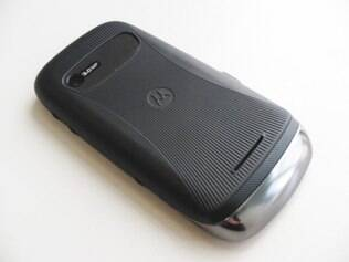 Motorola Fire tem melhor acabamento entre os smartphones com dois chips analisados