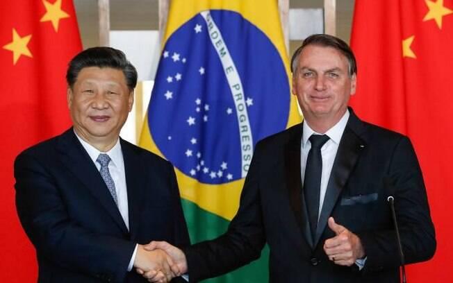 Presidente da China, Xi Jinping, com Bolsonaro. Imagem de arquivo