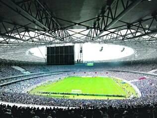 Histórico. Na reinauguração do Mineirão, o Cruzeiro venceu o Atlético por 2 a 1