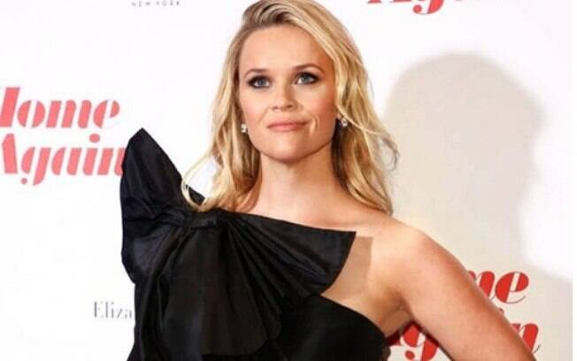 Segundo o Daily Mail, Reese Witherspoon adotou dois burros. Como Gabi Lopes e os sertanejos, ela ainda não postou fotos nas redes sociais