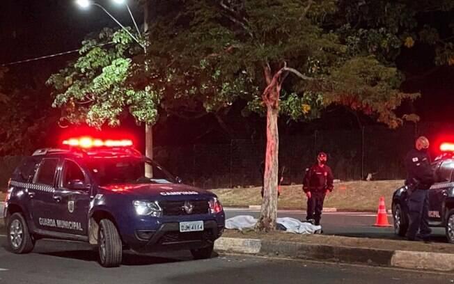 Bandidos se envolvem em acidente após assalto em Campinas