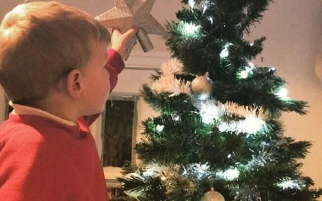 A mãe garante que não fica com dívidas por conta dos presentes de Natal e que a reação dos filhos é melhor recompensa