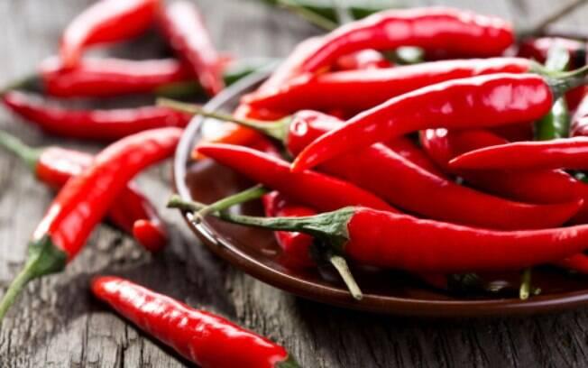 A pimenta contém piperina, substância com ação anti-inflamatória, que inibe o crescimento do câncer. Foto: Thinkstock