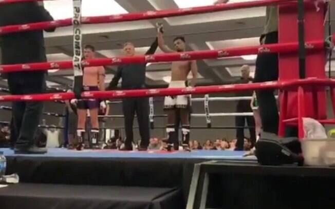 Filho de Anderson Silva estreou com vitória no Muay Thai
