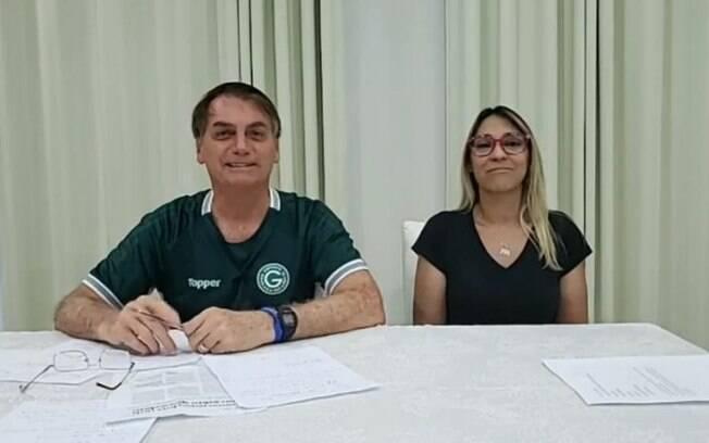 Durante live, presidente fez piadas gordofóbicas com a deputada do PSL