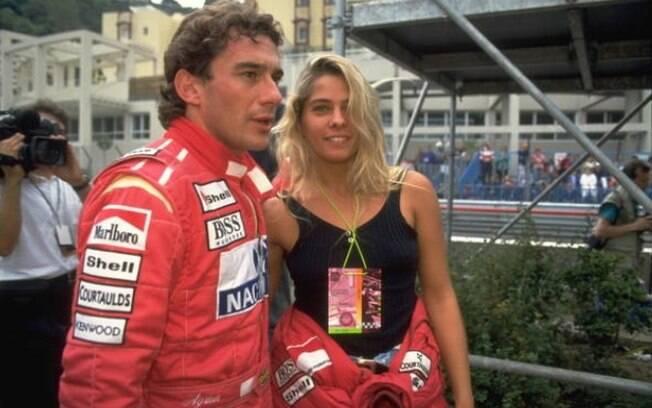 Ayrton Senna com a namorada Adriane Galisteu em Mônaco, onde ele morava