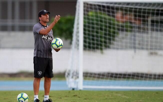 Zé Ricardo é cotado para assumir o Vasco