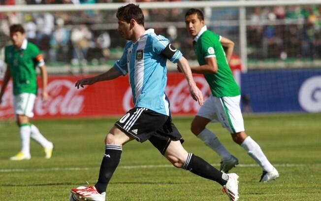 Messi passou em branco e Argentina ficou no 1  a 1 contra a Bolívia em La Paz