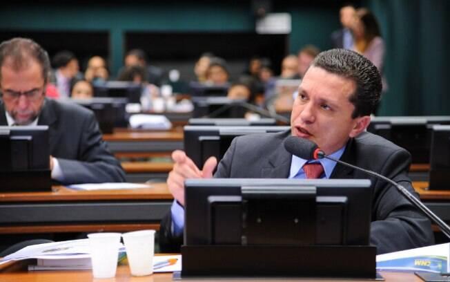 Deputado Fausto Pinato foi o primeiro a registrar oficialmente a candidatura a presidência da Casa