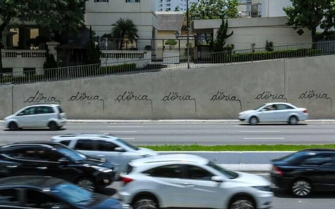 Protesto contra Doria na Vinte e Três de Maio; suposto vídeo íntimo de João Doria motivou novas intervenções