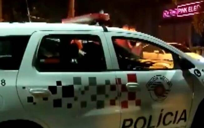 Campinas registra aglomeração em 1º noite com horários estendidos