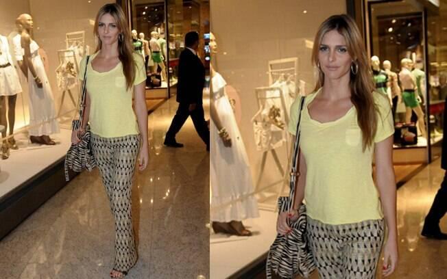 Fernanda Lima em inauguração de loja em São Paulo nesta quarta-feira (14)